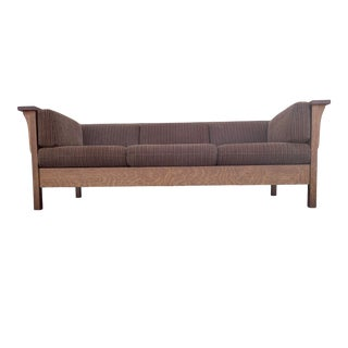 Delightful Prairie Spindle Settle Sofa by Stickley for Their Mission Collection For Sale