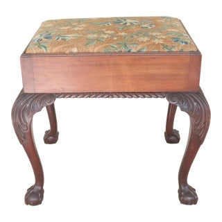 Early 20th Century English Chippendale Style Foot Stool For Sale