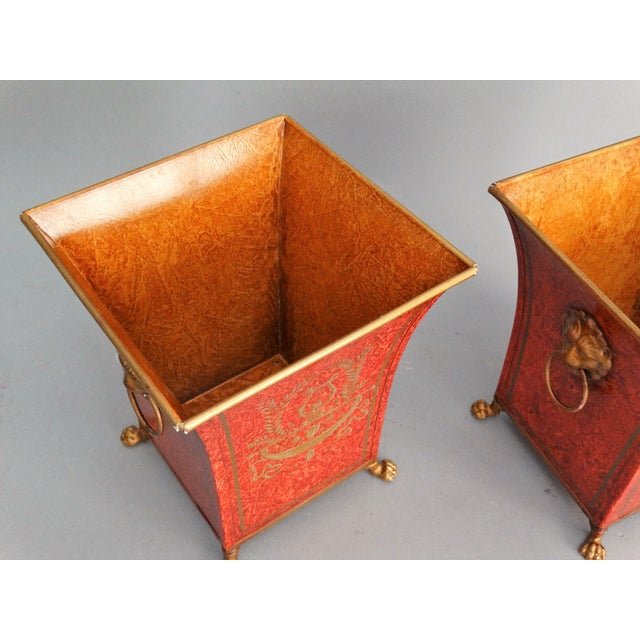 Metal Pair Vintage Italian Chinoiserie Tole Urns, Cachepots For Sale - Image 7 of 8