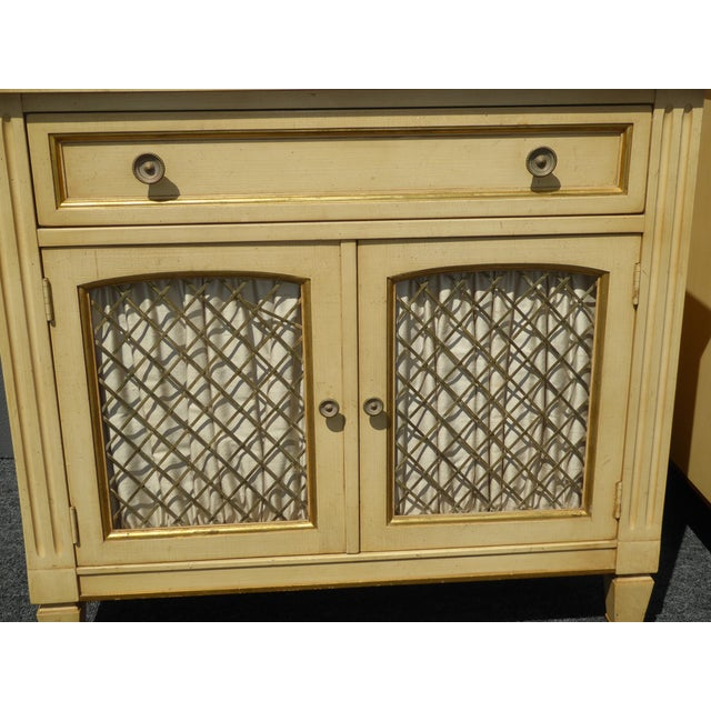 Vintage Kindel French Country Cottage Cream Nightstands - A Pair - Image 7 of 11