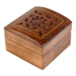 Vintage Hand Made Carved Inlaid Wooden Ring Jewelry Box For Sale