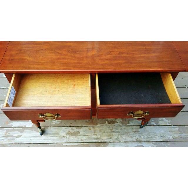 1950s Traditional Henkel Harris Solid Wild Black Cherry Wood Drop Leaf Rolling Server Cart For Sale - Image 10 of 13