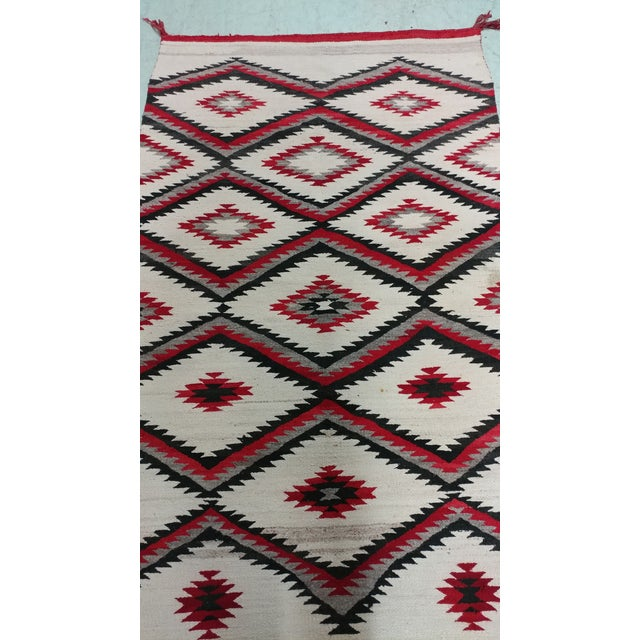 "Native American Navajo Vintage Hand Woven Wool Rug - 4'6"" x 7'6"" For Sale - Image 3 of 10"