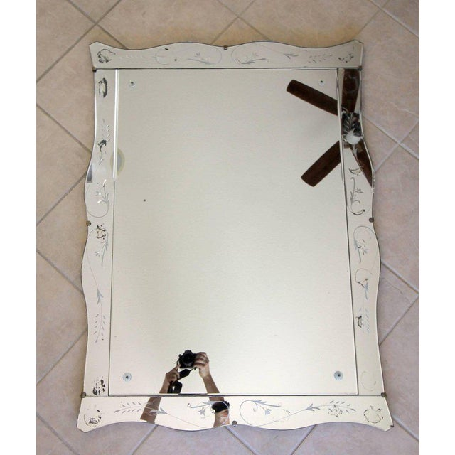 Art Deco 1930s Art Deco Scalloped Etched Wall Mirror For Sale - Image 3 of 11