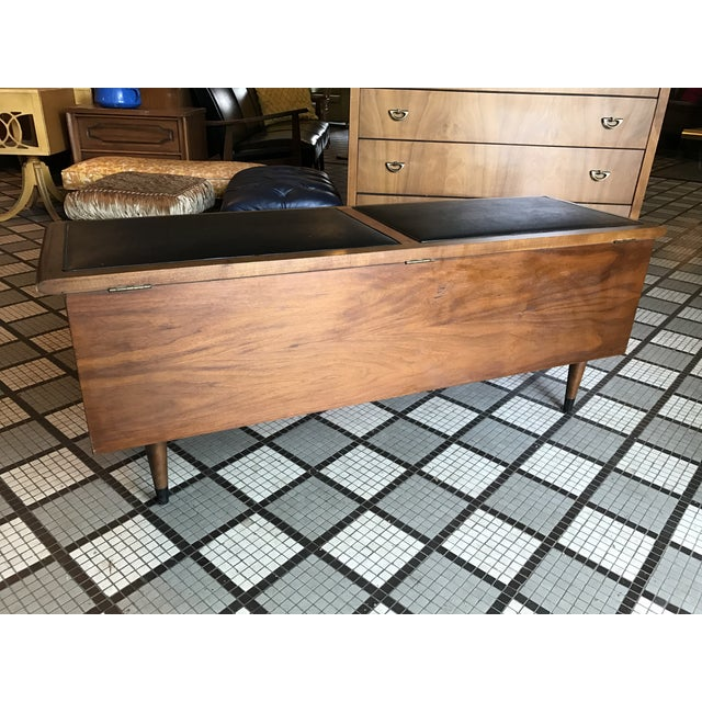 Lane Furniture Lane Acclaim Cedar Chest For Sale - Image 4 of 5