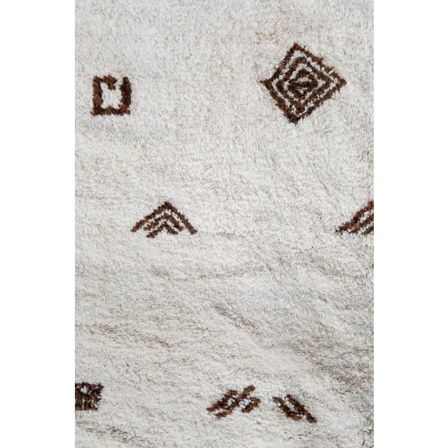 "White ""Symbol"" White Moroccan Berber Rug With Brown Tribal Symbols - 8'7"" X 5'2"" For Sale - Image 8 of 13"