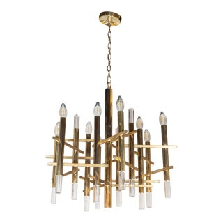 Mid-Century Modern Rectilinear Polished Brass and Lucite Chandelier by Sciolari For Sale
