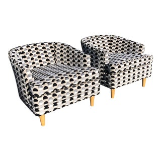 Black & White Mid Century Modern Tub Chairs Pair For Sale