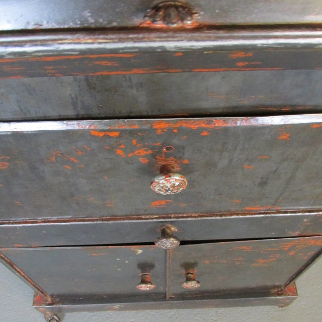 Antique Riveted Steel Campaign Style Vanity and Wash Basin For Sale - Image 9 of 13