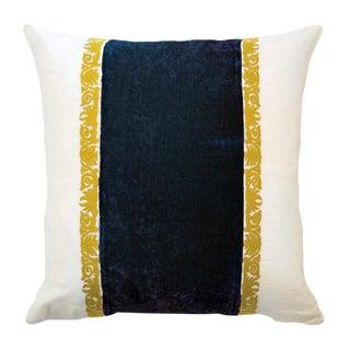 Francesca White Linen & Blue Velvet Accent Pillow For Sale