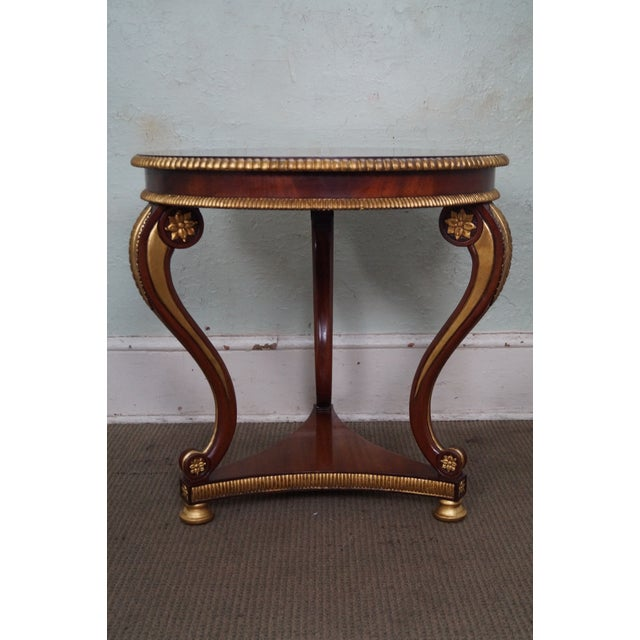 Hollywood Regency Flame Mahogany Round Partial Gilt Regency Style Center Table For Sale - Image 3 of 9