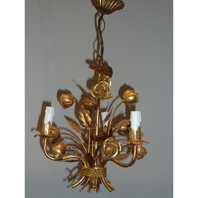 1960s Italian Gilded Rose Flower Chandelier - Image 2 of 8
