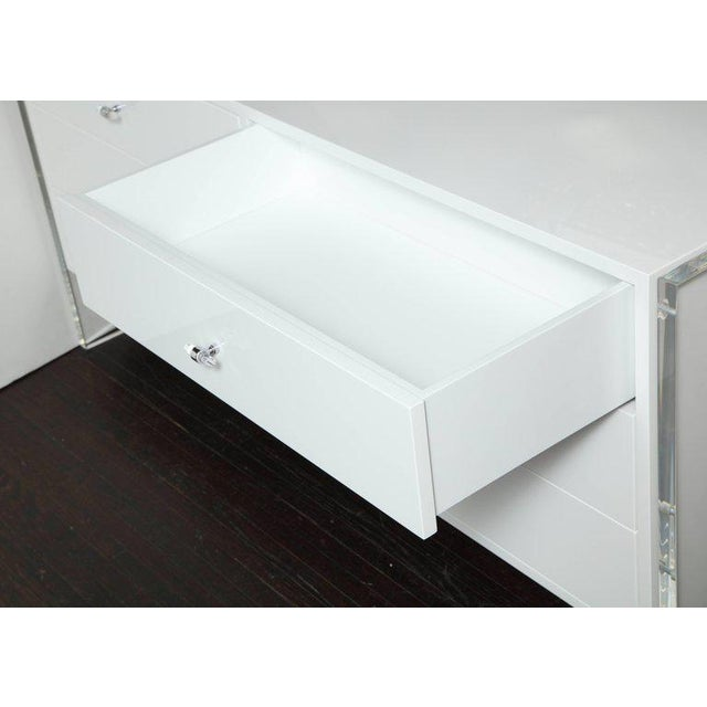 Six-Drawer White Lacquer Dresser with Acrylic Side Panels For Sale In New York - Image 6 of 9