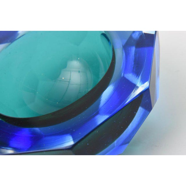 Italian Murano Diamond Faceted Sommerso Geode Glass Bowl For Sale - Image 10 of 11