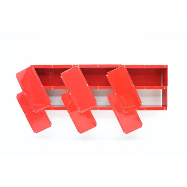 Vitsœ + Zapf Rare Otto Zapf Red Plastic Shelf System, Germany 1971 InDesign For Sale - Image 4 of 9