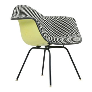 1960s Vintage Early Herman Miller Eames Girard Upholstered Armchair For Sale