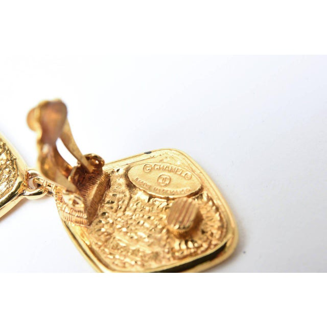 Gold Chanel Marked Double Criss Cross Hanging Clip on Earrings - a Pair For Sale - Image 8 of 9