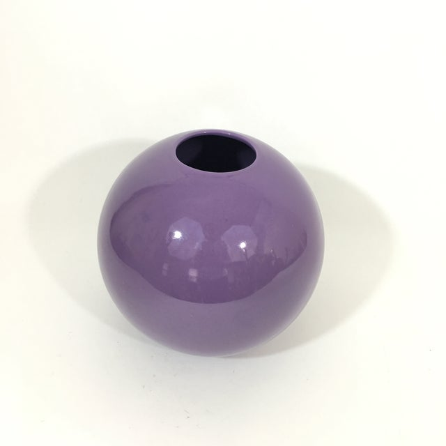 Pino Spagnolo for Sicart 1970's Purple Globe Vase For Sale In New York - Image 6 of 8