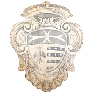 18th Century Large Tuscan Wall Crest, Stemma 1 For Sale