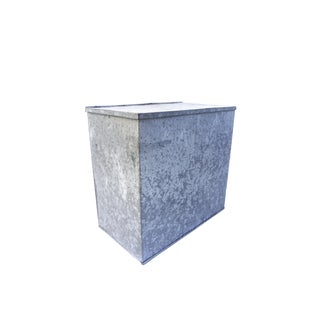 Vintage Galvanized Steel Bin | Large Industrial Metal Lidded Storage Container Box | Rustic Industrial Farmhouse Décor For Sale