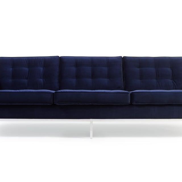 Florence Knoll Sofa in Navy Velvet For Sale - Image 5 of 8