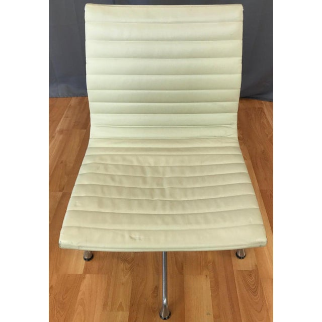 Metal Eames Aluminum Group Side Chair for Herman Miller For Sale - Image 7 of 13