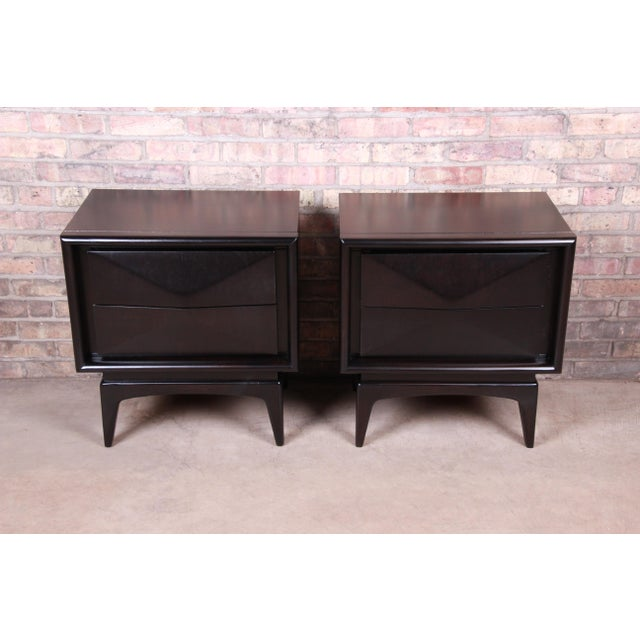 United Furniture Corporation Mid-Century Modern Ebonized Sculpted Walnut Diamond Front Nightstands by United, Newly Refinished For Sale - Image 4 of 11