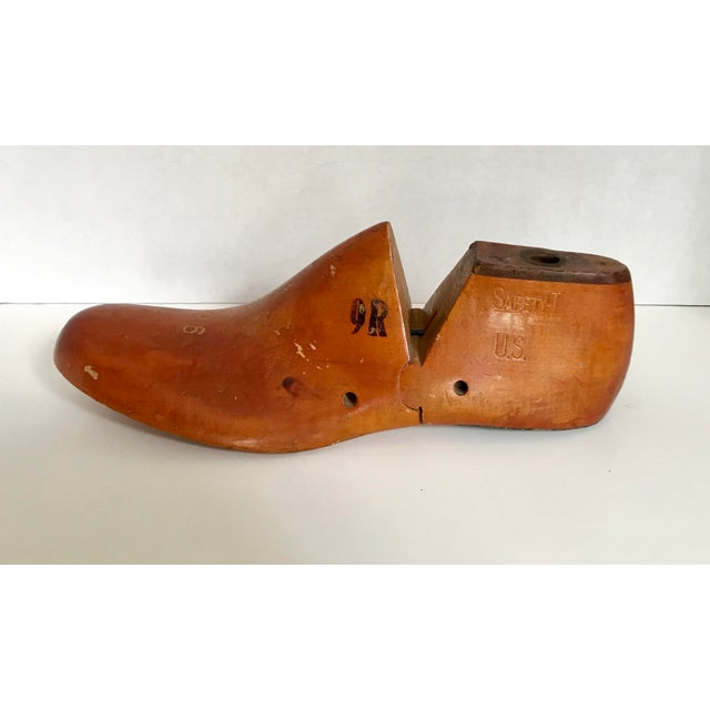 Alco Wooden Shoe Form - Image 4 of 4