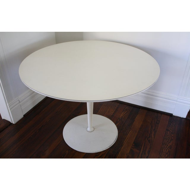 Vintage Saarinen Style White Tulip Dining Table - Image 4 of 11