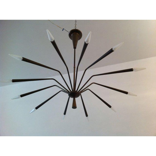 1960s 1960s Oscar Torlasco for Lumi Futurist Brass Sputnik Chandelier For Sale - Image 5 of 10