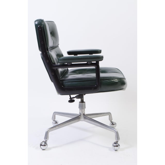 Eames Green Leather Time Life Chair for Herman Miller For Sale In New York - Image 6 of 9