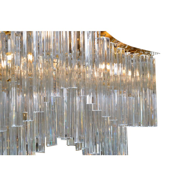 Metal Pagoda Chandelier in Crystal and Brass For Sale - Image 7 of 13
