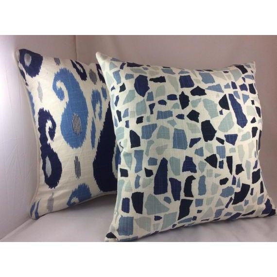 Duralee Pillow in John Robshaw Fazil in Blue Pillows - a Pair For Sale - Image 4 of 6