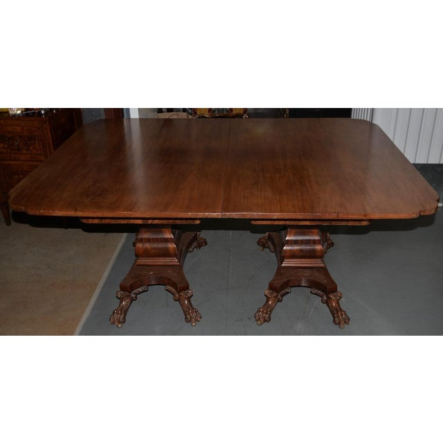 William IV Style Mahogany Extending Dining Table w/ Lions Paw Feet 19th C. Exceptionally well built late 19th century...