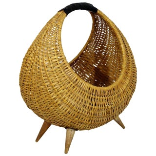 Mid-Century Modern Franco Albini Italian Rattan Wicker Leather Magazine Basket For Sale