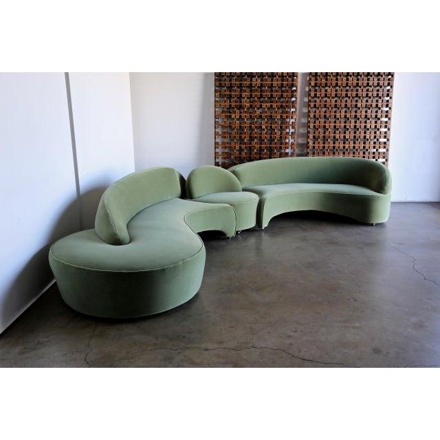 "Dark Green Vladimir Kagan ""Comete"" Sofa for Roche Bobois, 2003 - Set of 3 For Sale - Image 8 of 13"