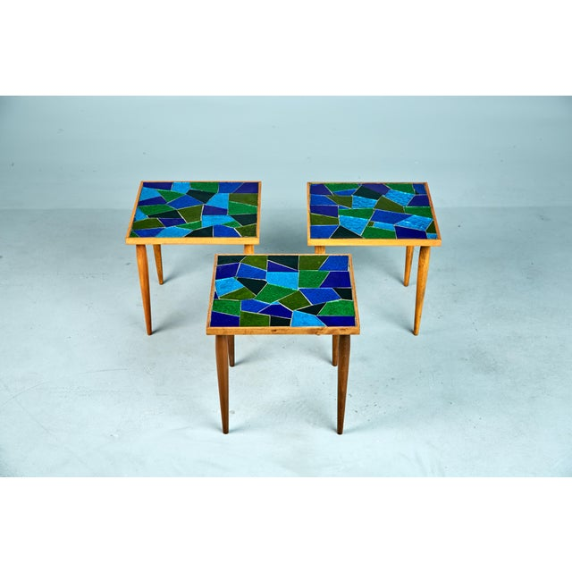 Abstract 1960 Georges Briard Mosaic Top Side Tables - Set of 3 For Sale - Image 3 of 10