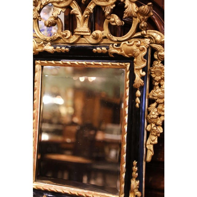 18th Century French Louis XV Carved Giltwood and Blackened Mirror From Provence For Sale - Image 9 of 13