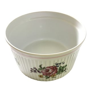 Spode Marlborough Sprays Round Soufflé Baking Dish with Pink Floral Motif For Sale