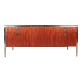 Beautiful Vintage Modern Knoll Style Office Credenza For Sale
