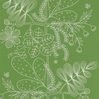 Sample - Schumacher Blommen Wallpaper in Leaf For Sale