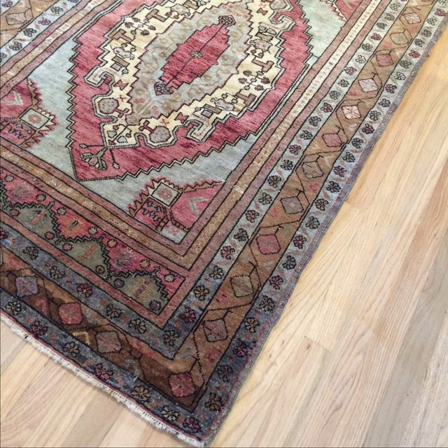 "Antique Turkish Blue & Red Rug - 4' x 5'9"" - Image 4 of 7"