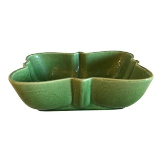Mid-Century Modern Green Ceramic Planter For Sale