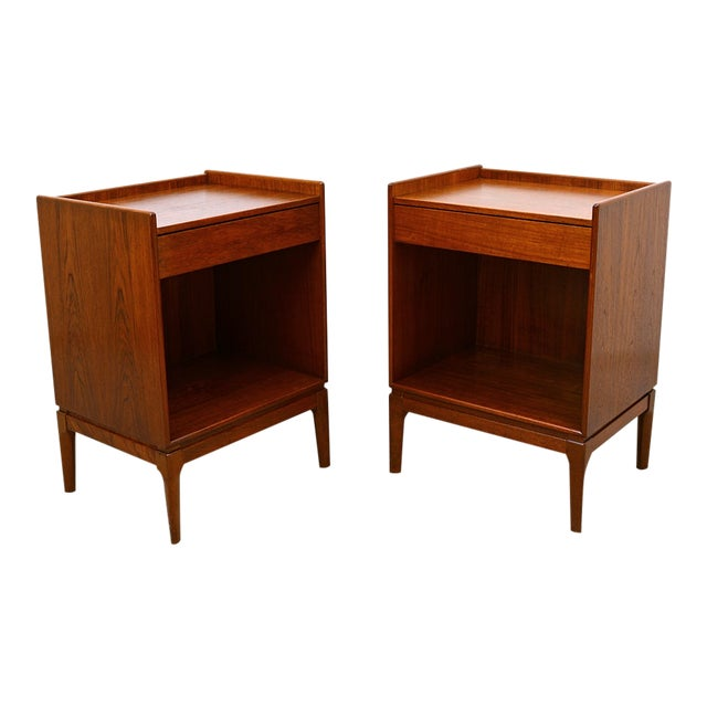 Borge Mogensen Teak Nightstands for Soborg Mobler - a Pair For Sale