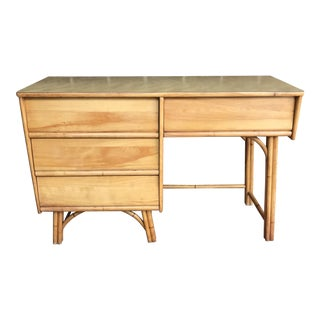 1960s Mid-Century Modern Heywood-Wakefield Rattan Writing Desk For Sale