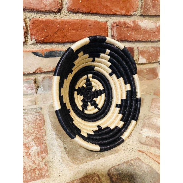 African Tribal Yanh Hope Basket For Sale - Image 3 of 7