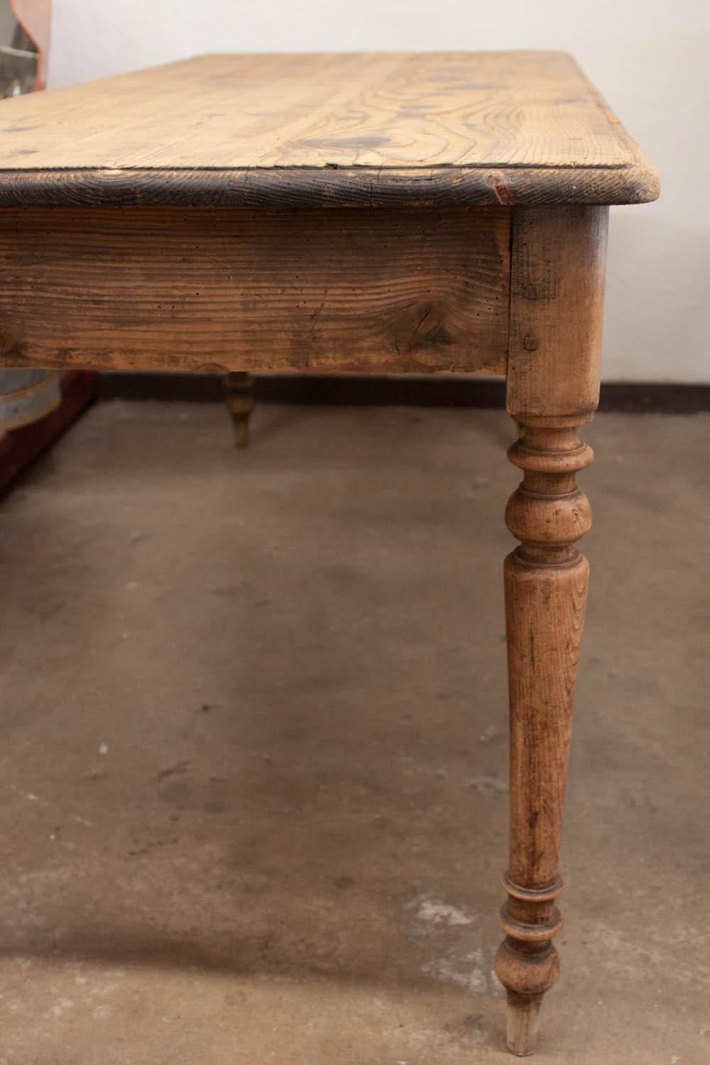 Beau Vintage French Spindle Leg Table   Image 6 Of 7