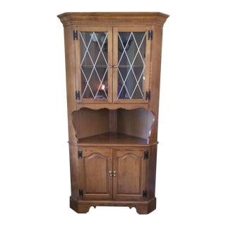 1970s Vintage Ethan Allen Corner Cabinet For Sale