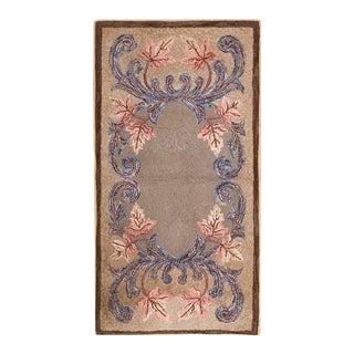 """1920s American Hooked Rug 2'6"""" X 4'8"""" For Sale"""