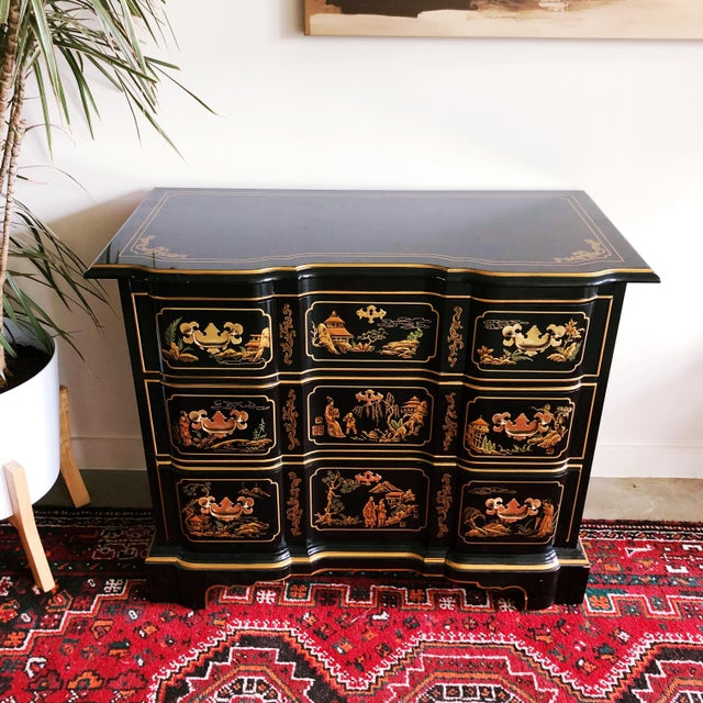 Chinoiserie Drexel Heritage Et Cetera Collection Hand-Painted Chinoiserie Dresser For Sale - Image 3 of 11